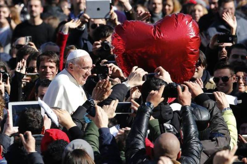 Pope Francis during a Valentine's Day audience in St Peter Square, Vatican City, at 14 february 2014. ANSA/FABIO FRUSTACI