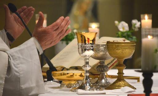 Celebrazioni sospese fino nuove disposizioni. Le Sante Messe saranno trasmette in streaming senza concorso di popolo
